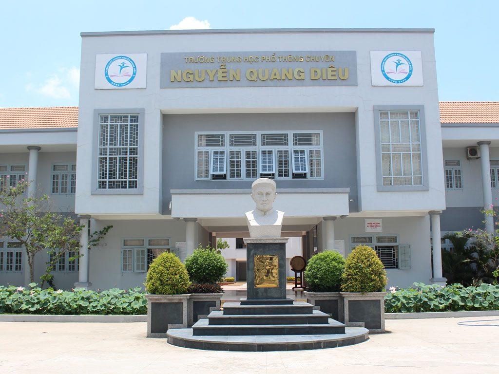 Trường PTTH chuyên Nguyễn Quang Diêu - Đồng Tháp