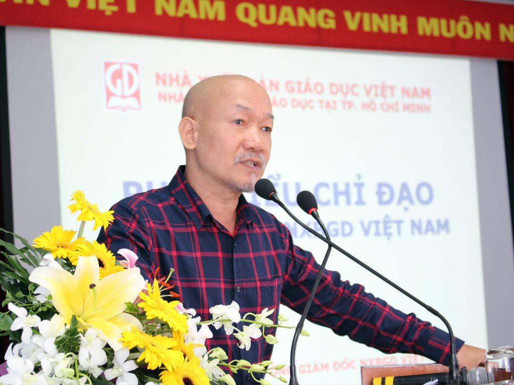 GS.TS Vũ Văn Hùng - Tổng giám đốc NXBGD Việt Nam phát biểu chỉ đạo hội nghị
