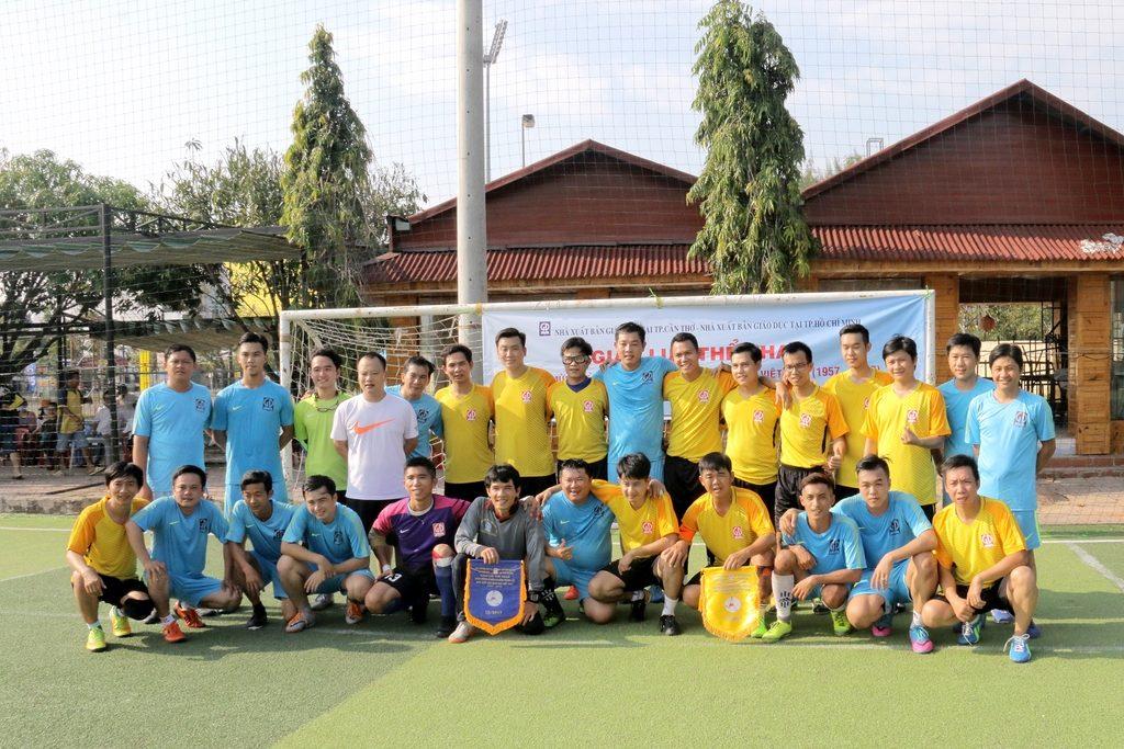 Bóng đá - 2 đội bóng đá của NXBGD tại TP. HCM và Cần Thơ