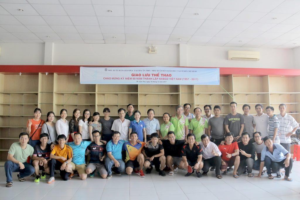 Giao lưu - Đoàn TT NXBGD tại TP.HCM & cần Thơ tại buổi giao lưu ngày 16-12-2017