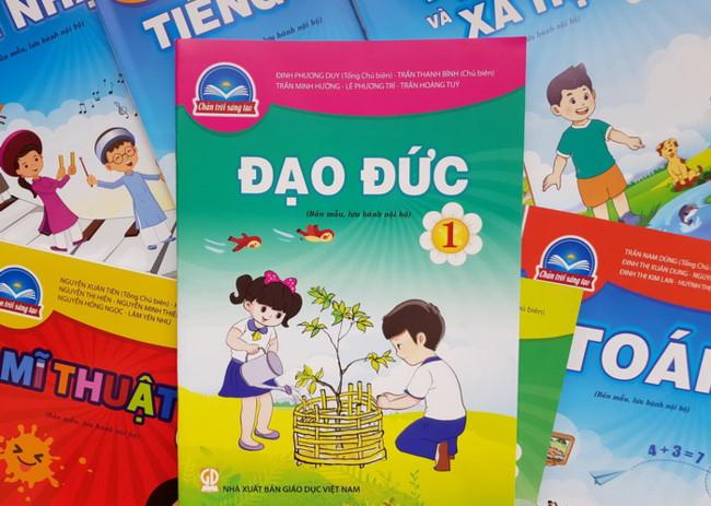 """SGK Đạo đức 1 trong bộ sách """"Chân trời sáng tạo"""" của NXB Giáo dục Việt Nam"""