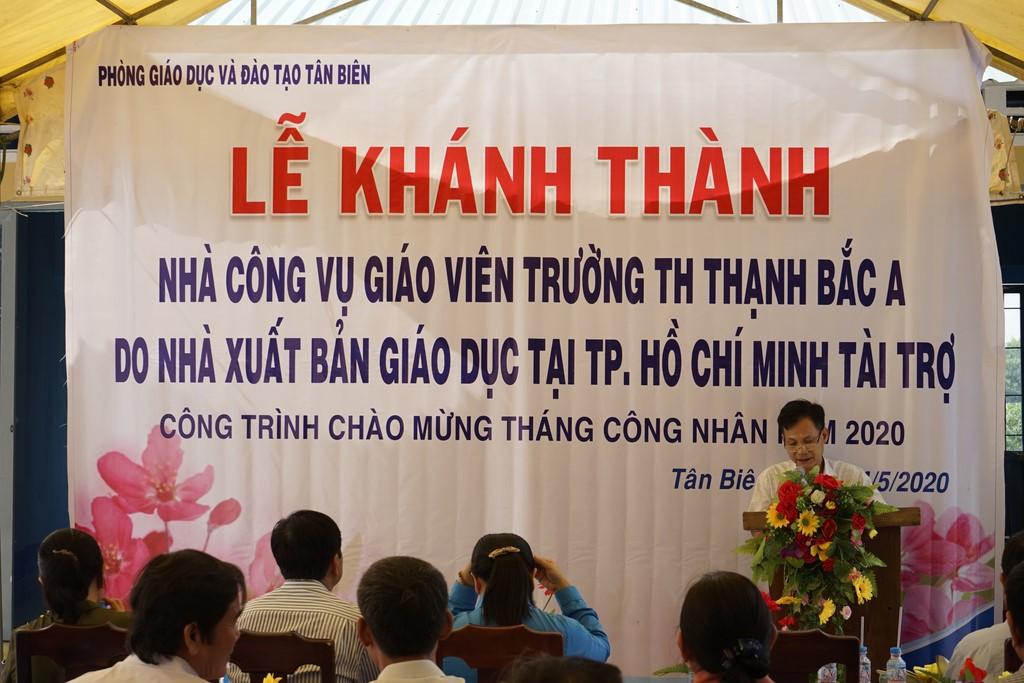 Ông Đỗ Thành Lâm - GĐ NXBGD tại TP. Hồ Chí Minh phát biểu tại lễ khánh thành nhà công vụ